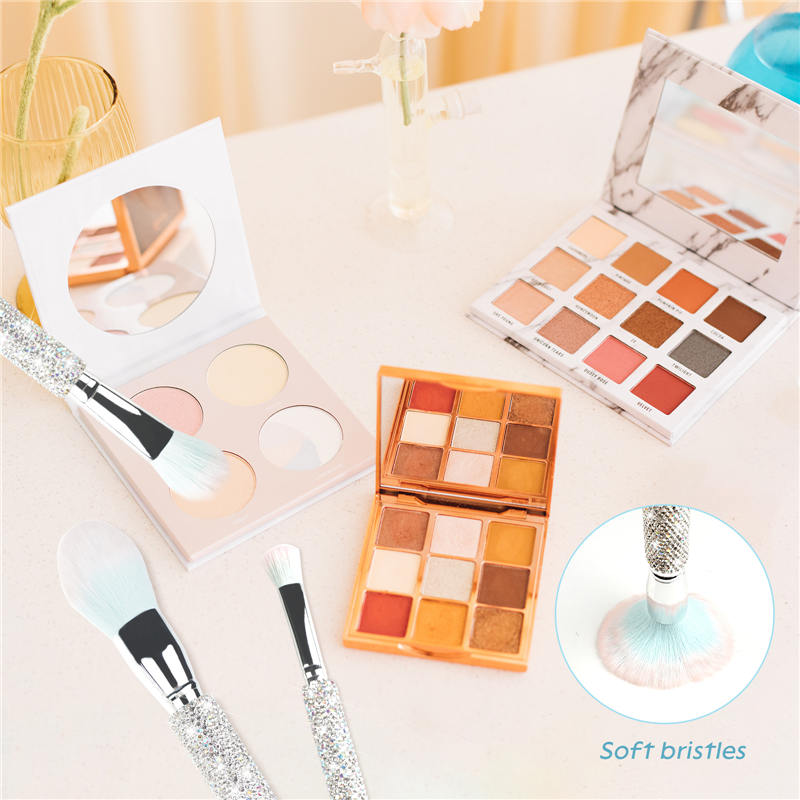 Bling Makeup Brushes Professional Face Cosmetics Blending Liquid Foundation Powder Concealer Eye Shadows Make Up Beauty Tool Glitter with Pouch Bag K (3)
